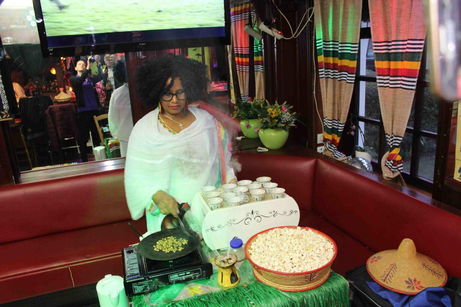 Bella Bar & Restaurant: Aus äthiopischer Liebe zu(m) Essen Kochen