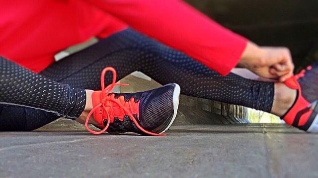 Starte ein lukratives Nebenprojekt – 10 Hobbys mit denen du am besten Geld verdienen kannst_Online Fitness Training