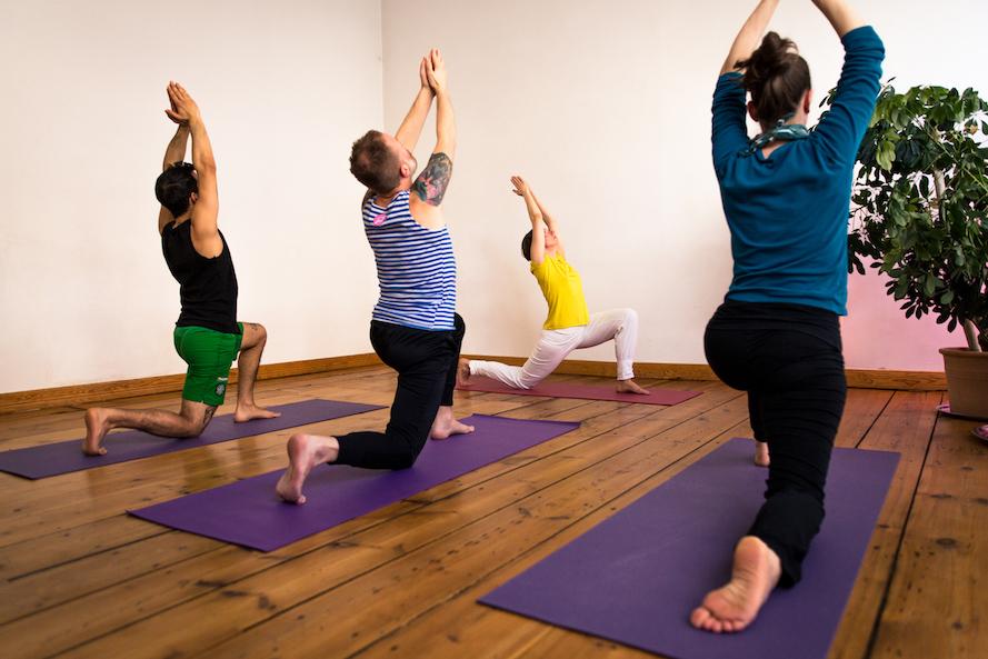 Vital mit Yoga- Das ist Yoga mit all seinen Facetten Gruppenkurs