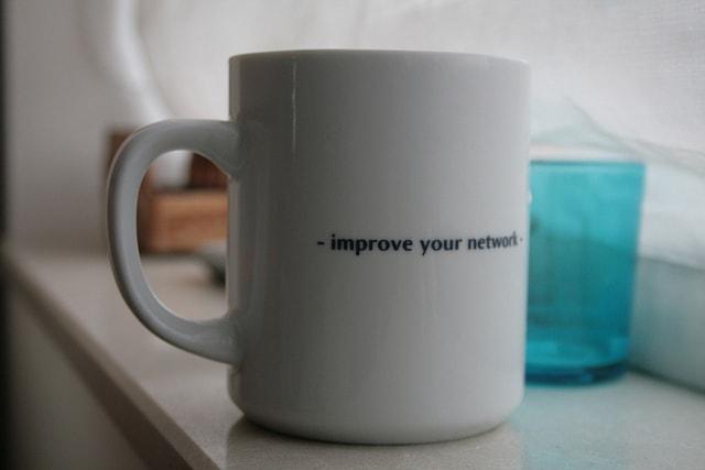 Warum WordPress Meetups deine Glaubwürdigkeit als Web-Profi stärken_Unterschied Networking